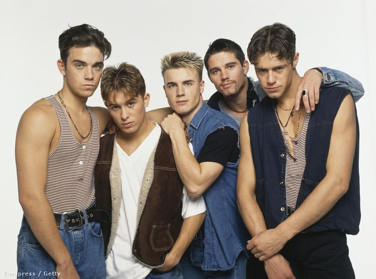 Természetesen a Take That sem maradhat ki, hisz ők voltak a 90-es évek első meghatározó fiúbandája.
