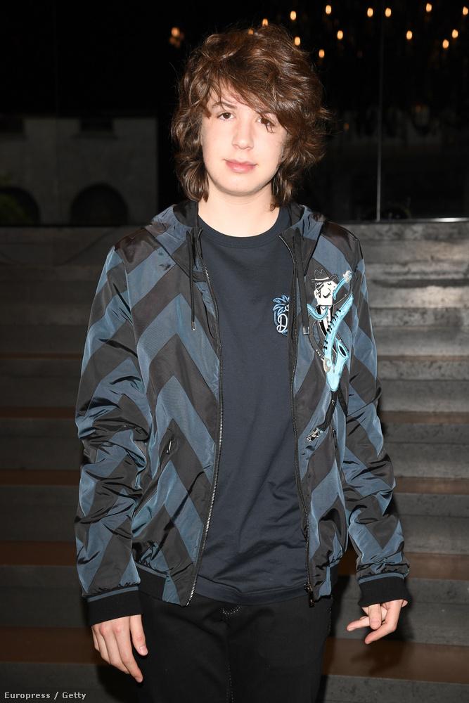 Mick Jagger legkisebb gyerekét, Lucas Maurice Morad Jaggert láthatja a képen, aki már nem sokáig tudhatja magáénak a címet, hiszen lassan jön a nyolcadik baba