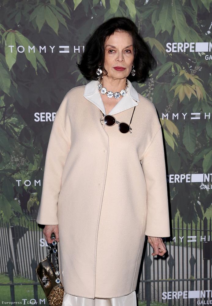 Jade Jagger anyja, Bianca Jagger 1970-ben egy franciaországi Rolling Stones koncert után ismerkedett meg a zenésszel