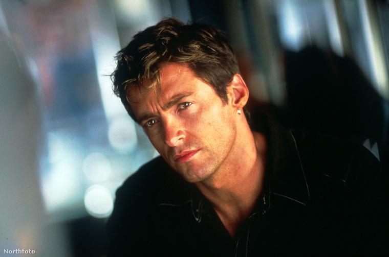 Hugh Jackmanről ez a kép a Kardhal című filmből lehet ismerős, 2001-ből, amikor Jackman 33 éves volt.
