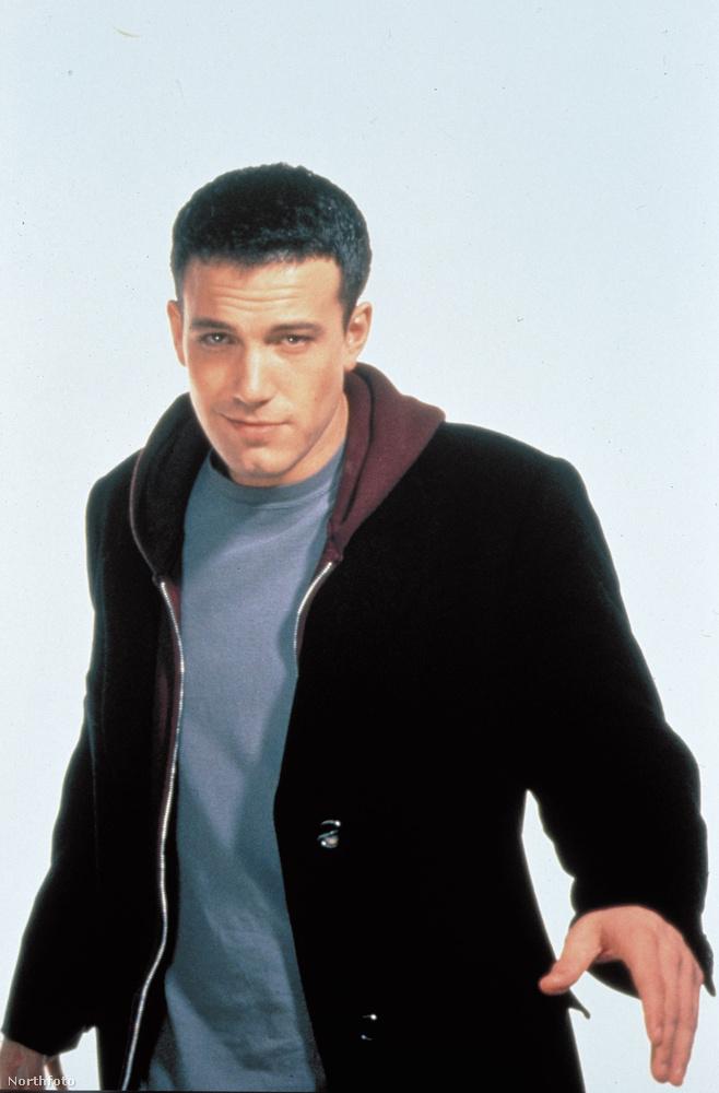 Ben Affleckről is egy 1999-es képet mutatunk, ez a Dogma című filmből van