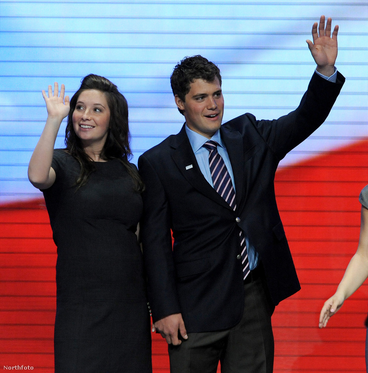 Bristol Palin és Levi JohnstonEz a szakítás 2009-ben nagy részben azért lett borzasztó csúnya, mert ugye a lány édesanyja Sarah Palin botrányhős politikusnő