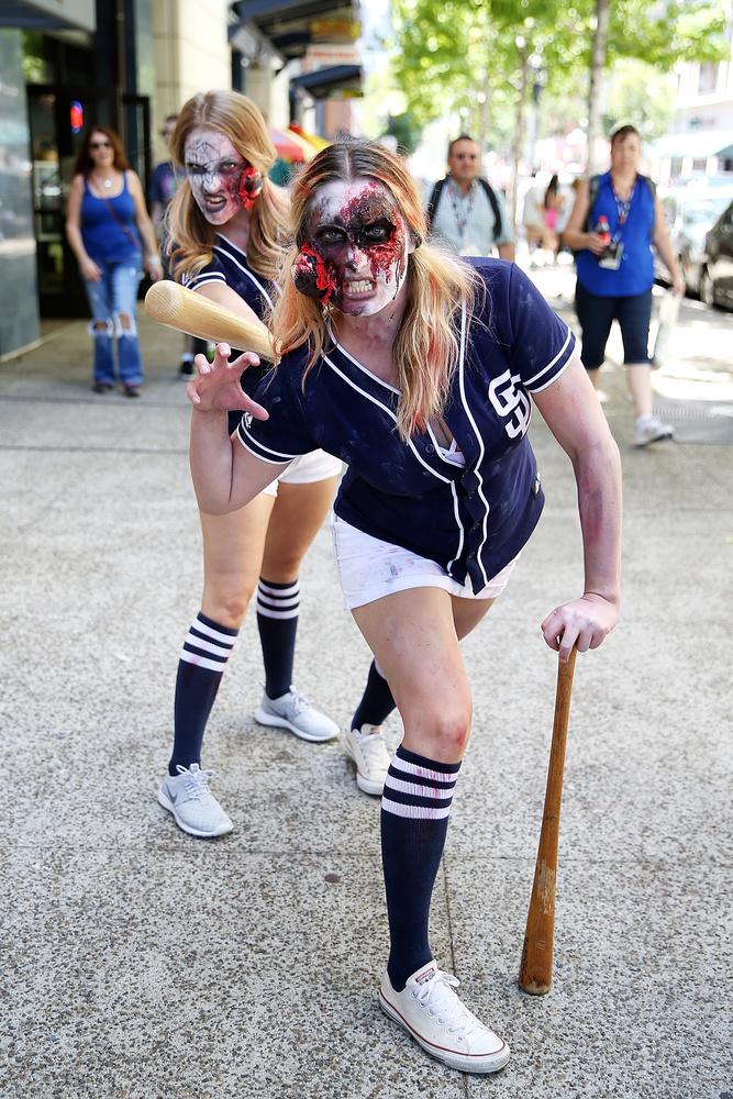 Na majd pont a zombik maradnak ki a képregényes találkozóról