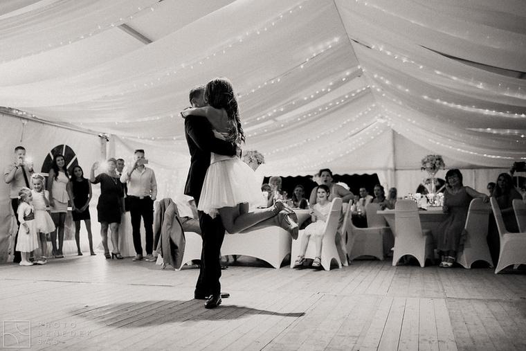 egy siófoki és egy badacsonyi esküvőhelyszínen is kétszer annyi ceremónia lesz idén, mint amennyi tavaly volt.