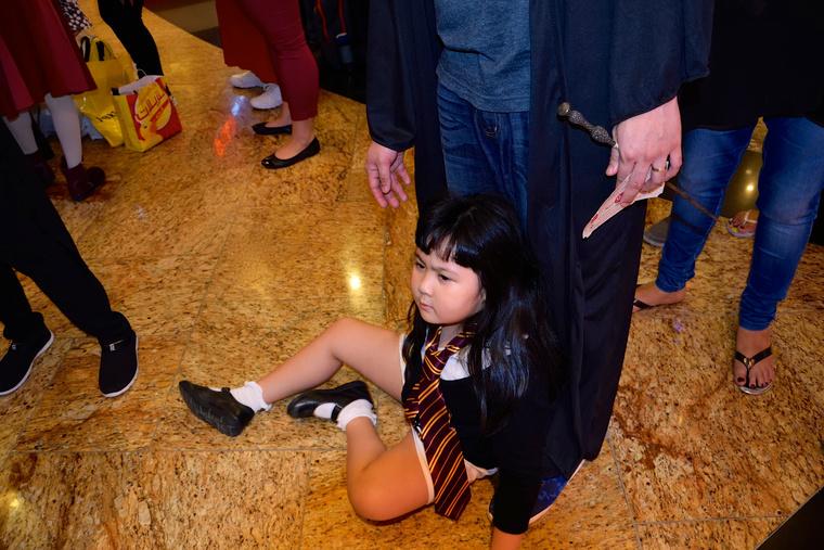 Mi más mozgathatja meg ennyire az embereket? Az új Harry Potter-könyv! A Harry Potter és az elátkozott gyermek!