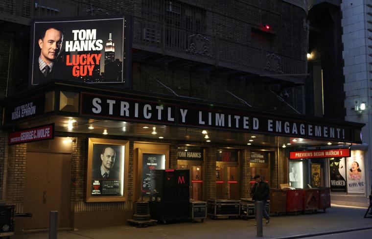Utolsó darabját egy színházban mutatták be, szintén Tom Hanksszel a főszerepben