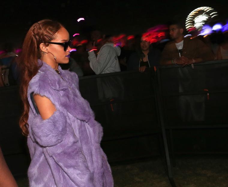 Rihanna tavaly is kint volt a Coachellán, de ilyen visszafogottan vonult