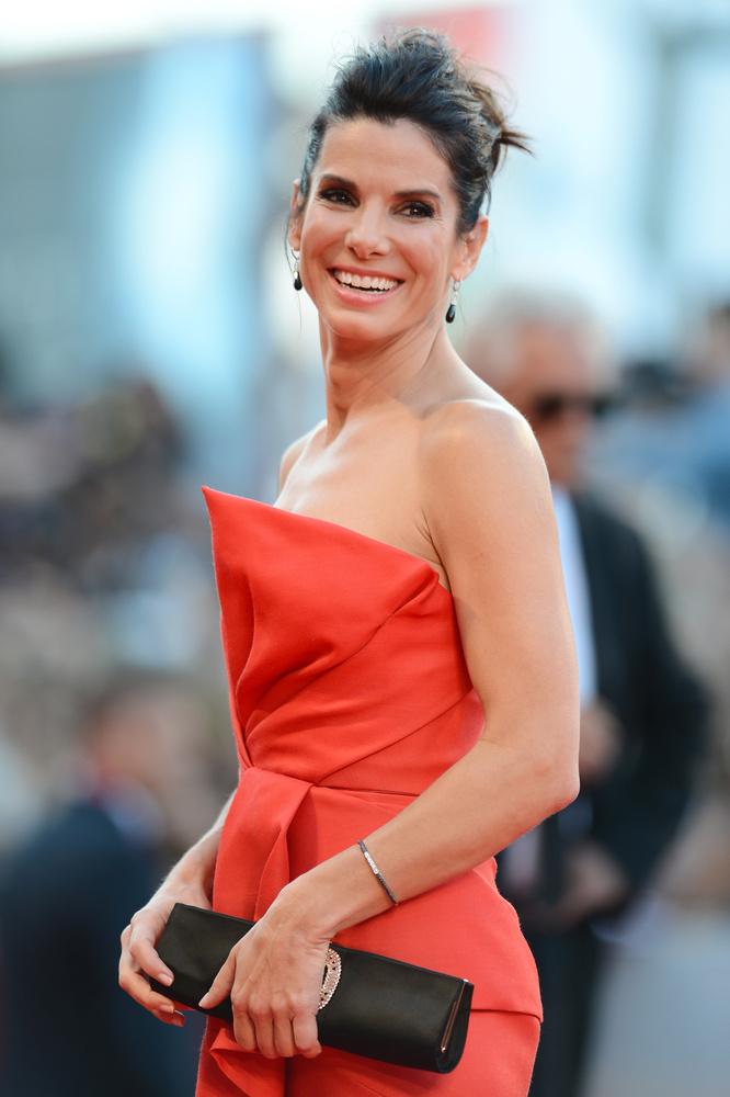 Sandra Bullock állítólag kész megállapodni, hozzámenni a barátjához, Bryan Randallhoz