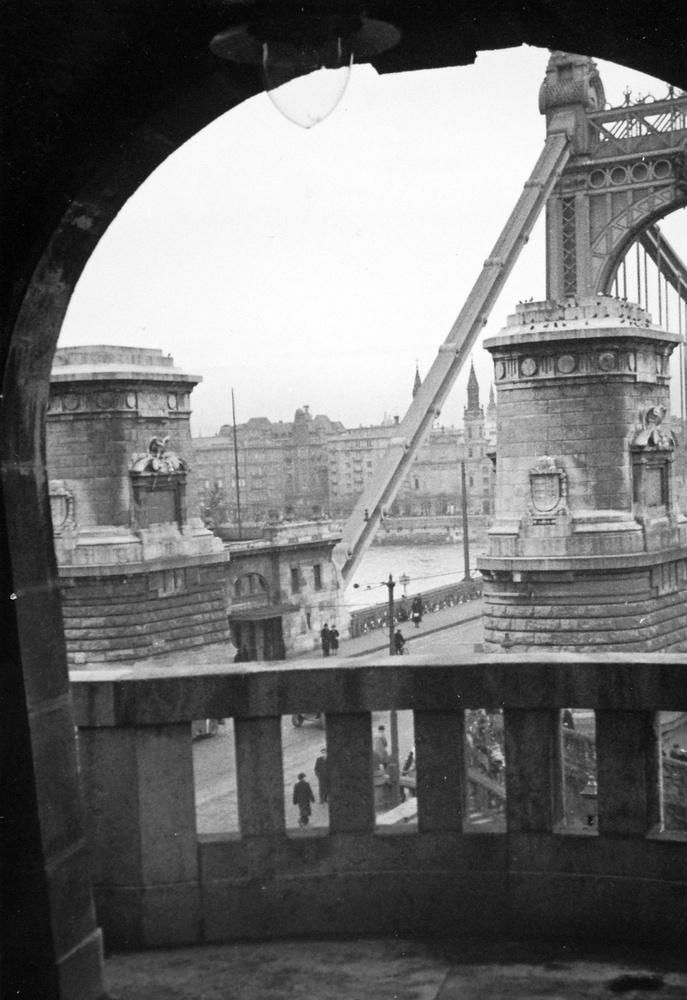 A budai hídfő 1936-ban.
