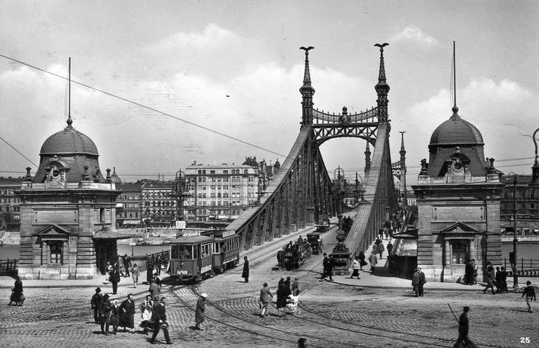 Így festett a Szent Gellért tér és a Ferenc József híd (Szabadság híd) 1928-ban.