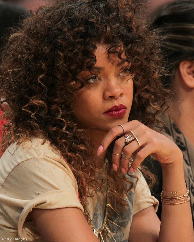 2012-ben a Time a világ legbefolyásosabb emberei közé sorolta az énekesnőt.