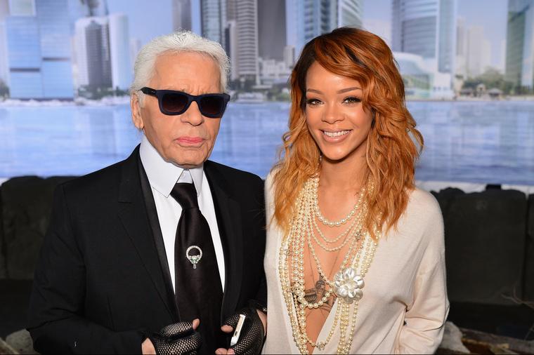 ...és olyan divattervezők versengtek a kegyeiért, mint Karl Lagerfeld.