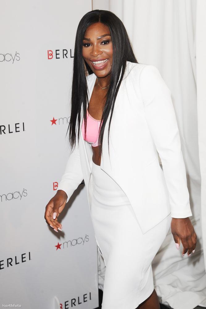 Serena Williams New Yorkban jelent meg úgy, hogy először azt hihette mindenki, elfelejtett rendesen felöltözni