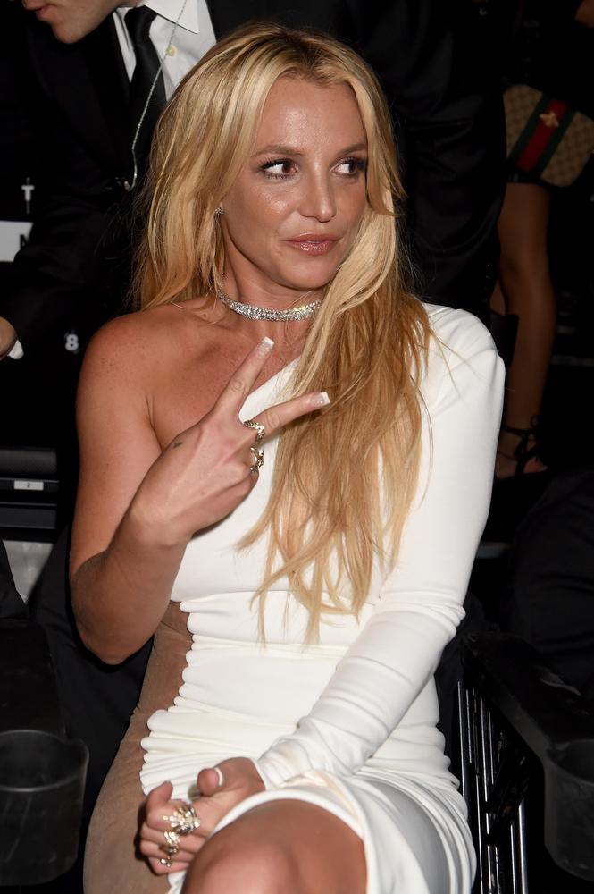 Britney Spears itt még nem nézett ki úgy, mint aki valami nagy dobásra készül, aztán lett belőle ez.