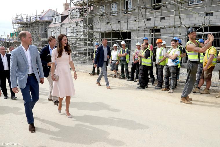 Katalin hercegné és Vilmos herceg éppen Cornwallban töltenek két napot