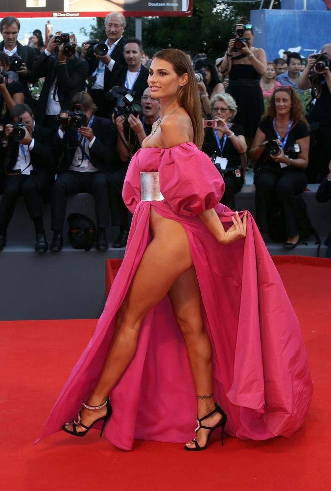Giulia Salemi nem bízta a véletre a ruháját