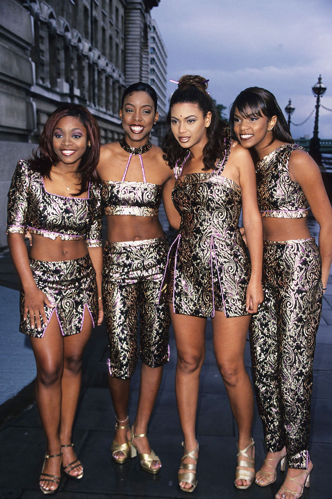 A kilencvenes években érte el első nagy sikereit a Destiny's Child lánycsapat tagjaként