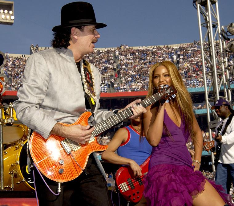 Beyoncé többször is fellépett a Super Bowl félidei show-jában, 2013-ban még a Destiny's Child tagjai is csatlakoztak hozzá