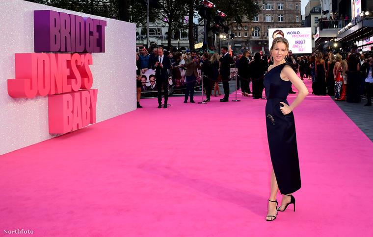 Renée Zellweger a második Bridget Jones film után több évet kihagyott, majd a kamera másik oldalán dolgozott: producerkedett, írt.