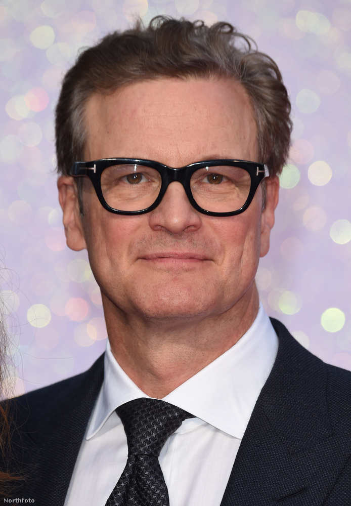 Colin Firth-öt senkinek sem kell bemutatni: 1995-ben már mindenki szerelemes lett belé, amikor a Büszkeség és balítélet című minisorozatban szerepelt - az évek során egyre sármosabbá váló színész sokaknak örök plátói szerelme marad.Amellett, hogy a Bridget Jones-ban kiemelt szerep jutott neki Darcyként(aminek ő mondjuk később már nem annyira örült), filmes karrierje az összes szereplő közül egyedül neki volt igazán: az elmúlt 20 év során minden évben 3-4 nagyjátékfilmben is szerepelt, köztük a Kingsman, Az Igazából szerelem, a Mamma Mia! vagy az Amnézia főszereplőjeként.