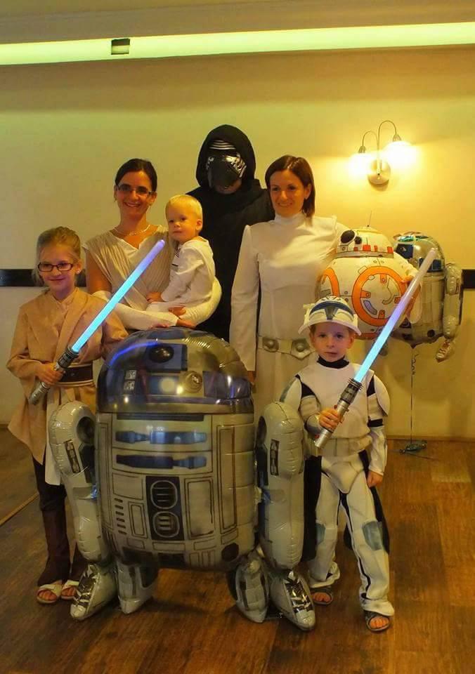 R2-D2 is előkerült, C-3PO-t kicsit hiányoljuk.