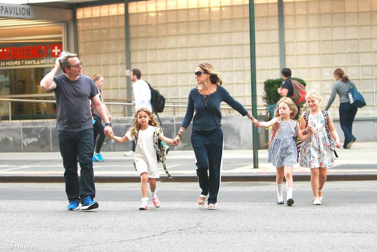 Az ikrek, Marion Loretta Elwell és Tabitha Hodge Broderick már 7 évesek