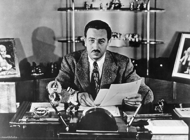Ahogy már említtettük, sokan a mai napig esküsznek rá, hogy a legismertebb rajzfilmgyáros, Walt Disney hibernáltatta magát 1966-os halála után