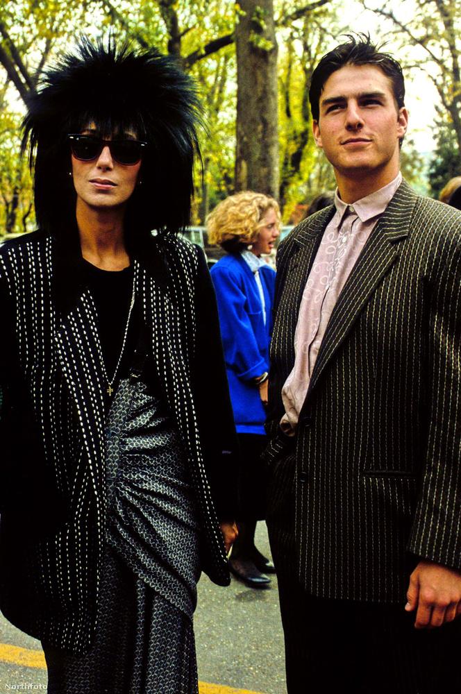"""Cher még a '80-as években feküdt le a Katie Holmes-tól elvált Tom Cruise-zal, akivel állítólag nagyon izgalmas pillanatokat élt át.""""Az a személy, akit én ismertem meg benne, az egy igazán nagyszerű, szeretnivaló fiú volt"""