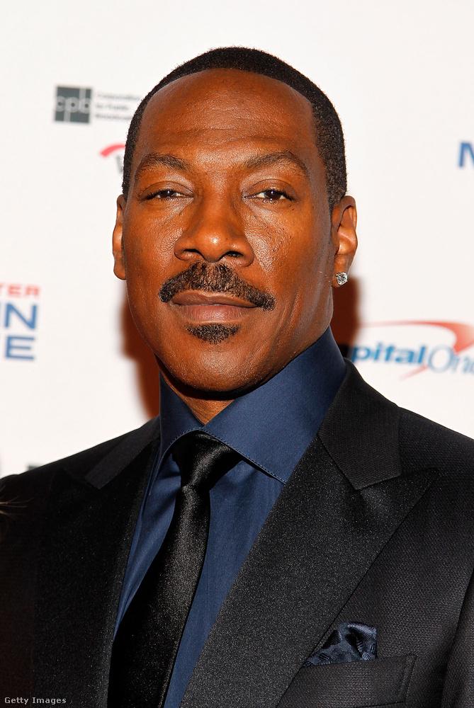 A színész most 55 éves.
