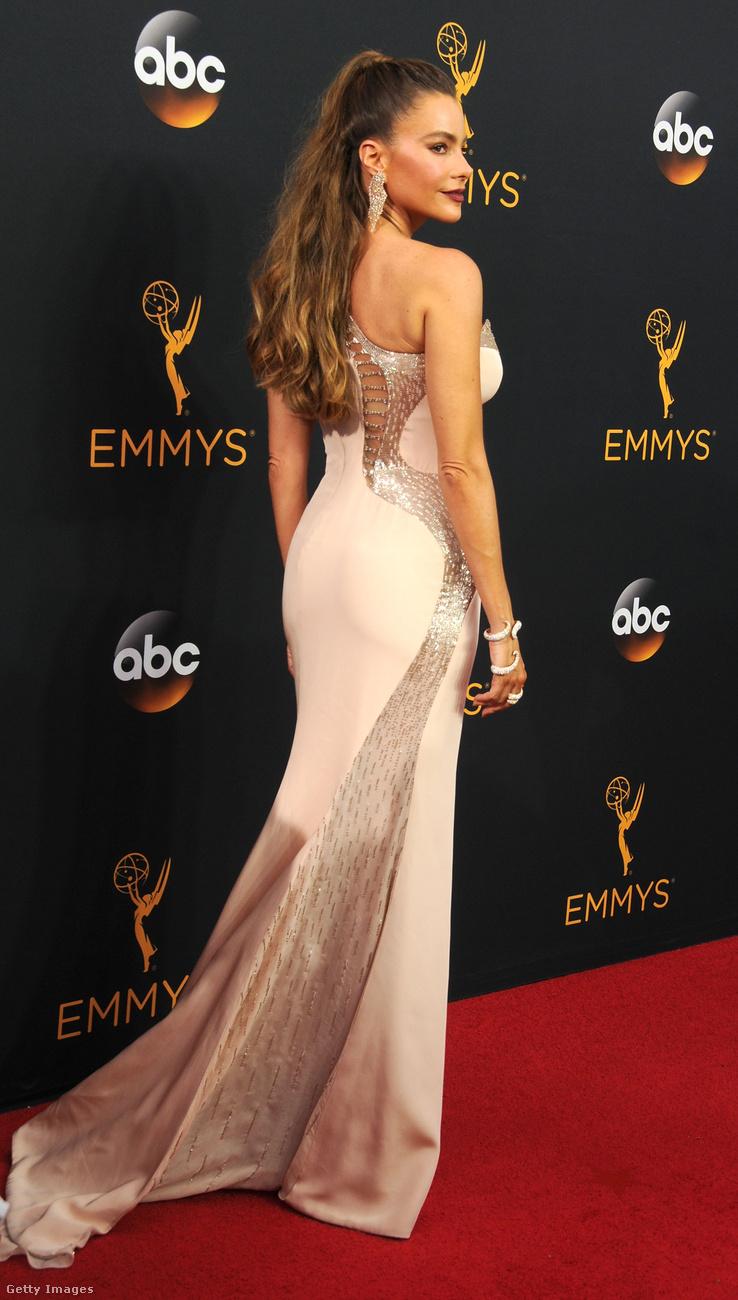 Sofia Vergara erősen Jennifer Lopezes volt...