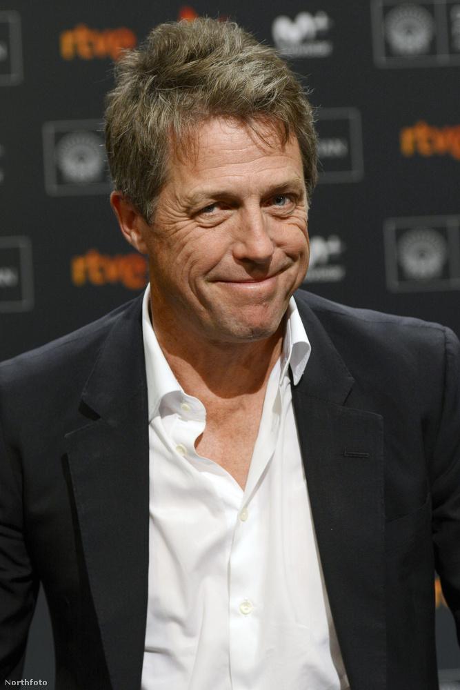 Ha csak nem nyúl hajfestékekhez, mint Nicolas Cage, vagy John Travolta, Hugh Grant 2-3 éven belül hatalmas silver daddy lesz....