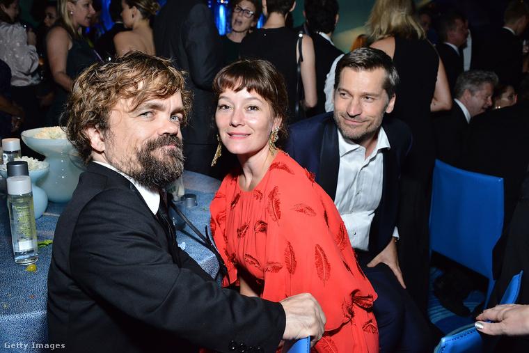 Peter Dinklage és felesége Erica Schmidt színházi rendező, mint mindig, most is együtt ment a díjátadóra