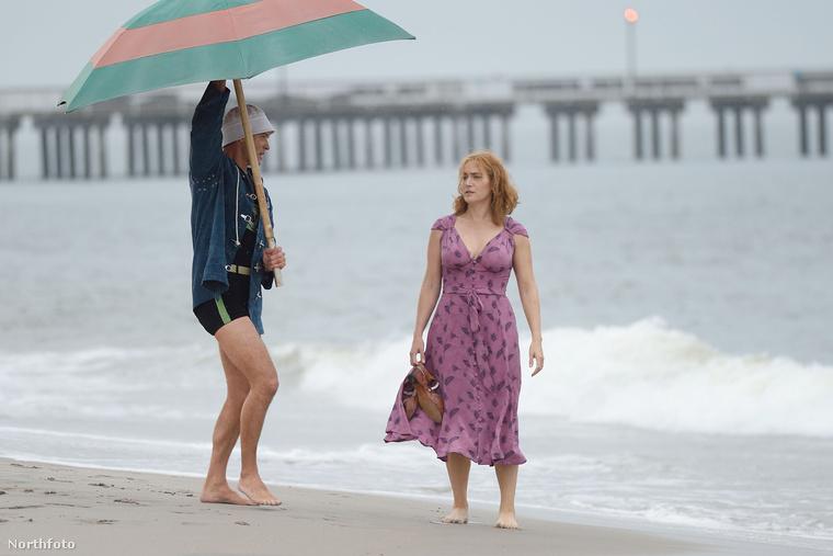 A filmet épp New Yorkban forgatják, ahol hasonló az idő, mint itt, szóval valószínűleg nincs melegük.
