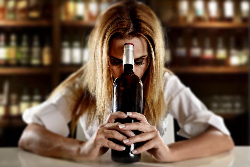 a szeszes ital fogyást okoz)