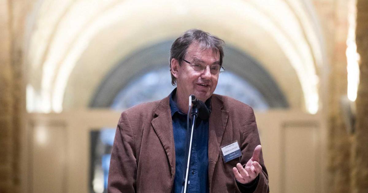 Magyar CEU-oktató az egyik legnagyobb akadémia tagjai között