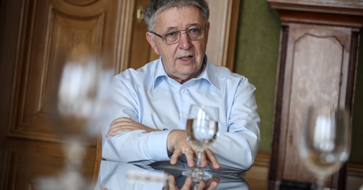 Félek tőle, hogy elindul a kutatók elvándorlása - Interjú Lovász Lászlóval, a Magyar Tudományos Akadémia elnökével