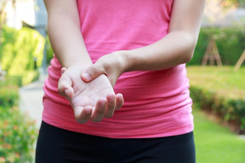 fájdalom és az ujjak ízületeinek megnagyobbodása