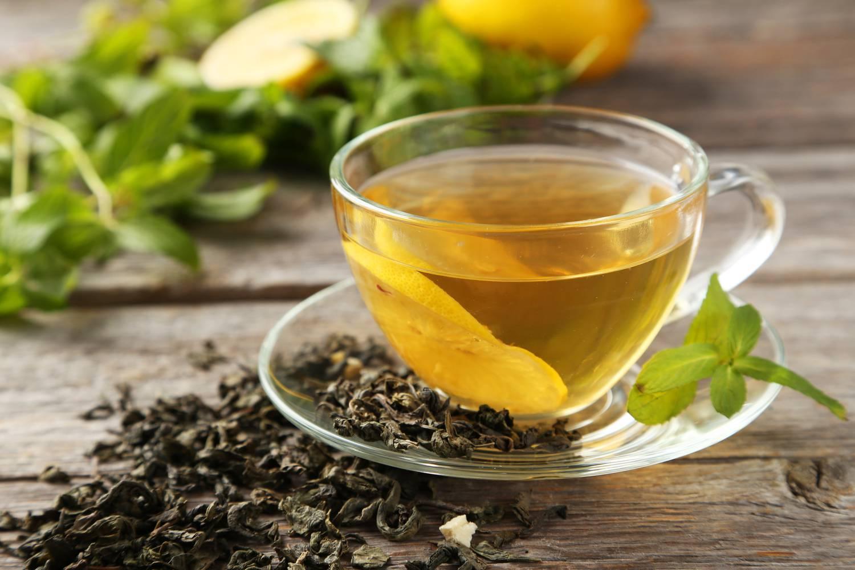 A zöld tea hatásai: Fogyás és érvédelem