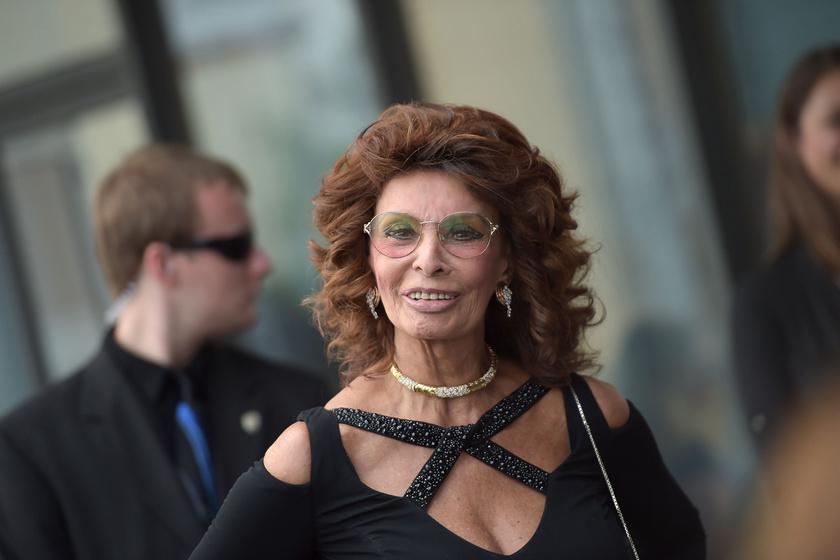Friss fotón a 84 éves Sophia Loren – Az olasz színésznő rémesen fest a képen