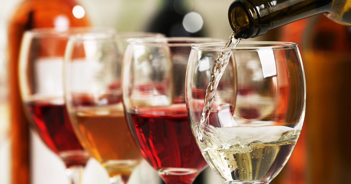 Ennyi mindenre jó a vörösbor - Dívány