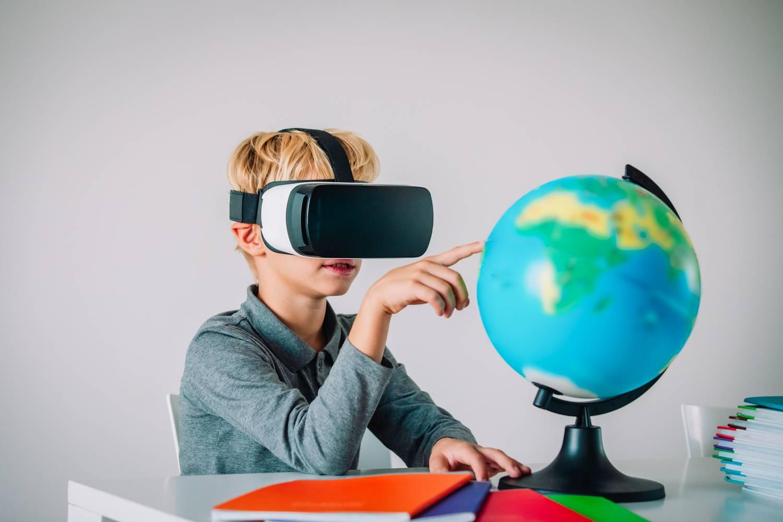 Virtuális földrajzórákkal várják az idén az iskolásokat Dívány