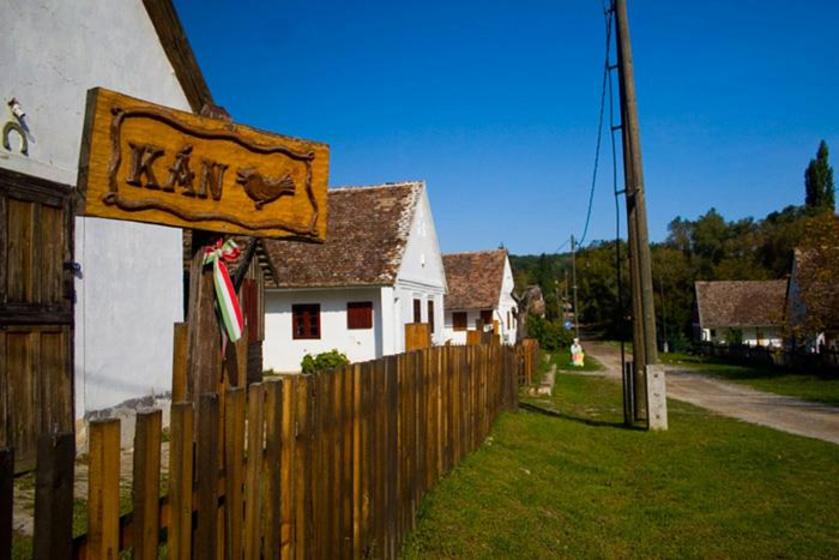 Erdő közepén bújik meg a sváb falucska a Zselicben: Kán szépsége tündérmesébe illik