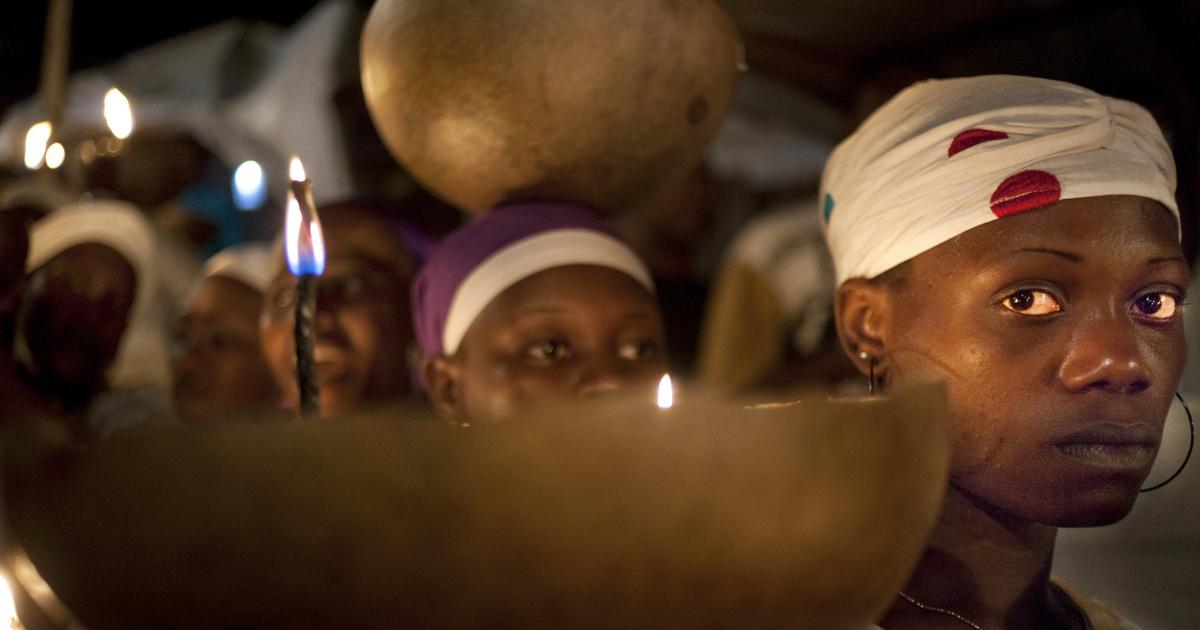 Vudu szertartásról készítettek közeli képeket: így jutnak közel a szellemvilághoz