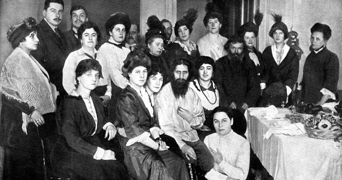 Így manipulálta Raszputyin az orosz cári családot: az ujja köré csavarta őket