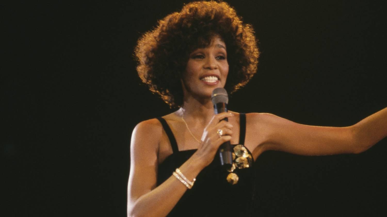 Fellépett Whitney Houston hologramja kedd este Sheffieldben, borzasztó volt