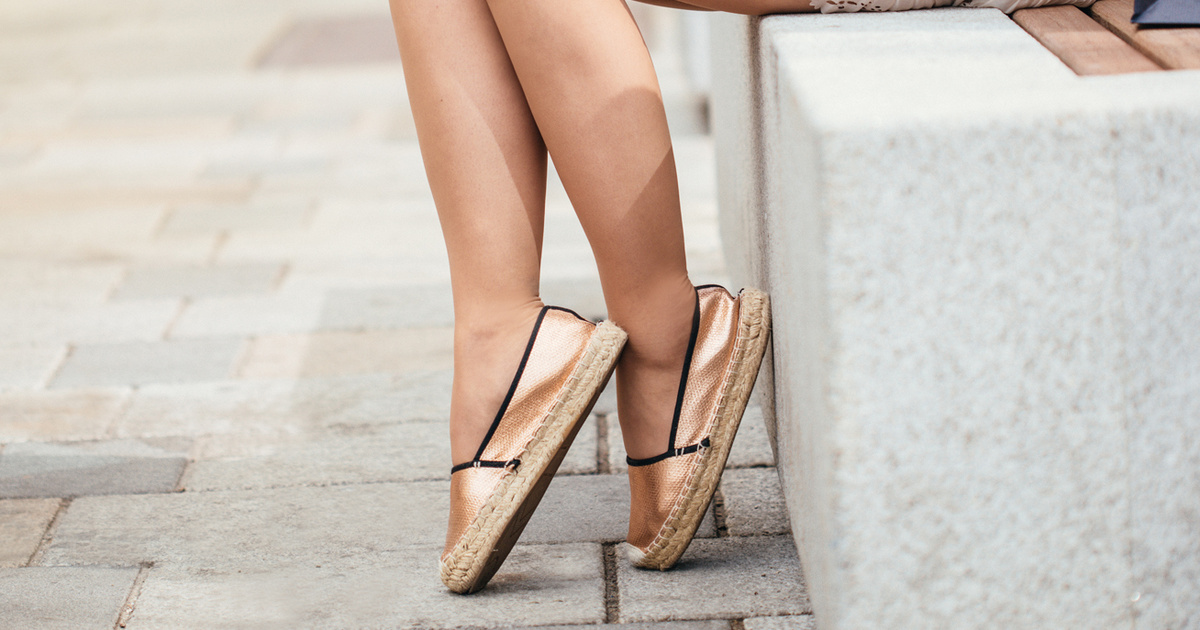 Ezek lesznek a nyár legdivatosabb cipői: kényelmes, nőies darabok körképe