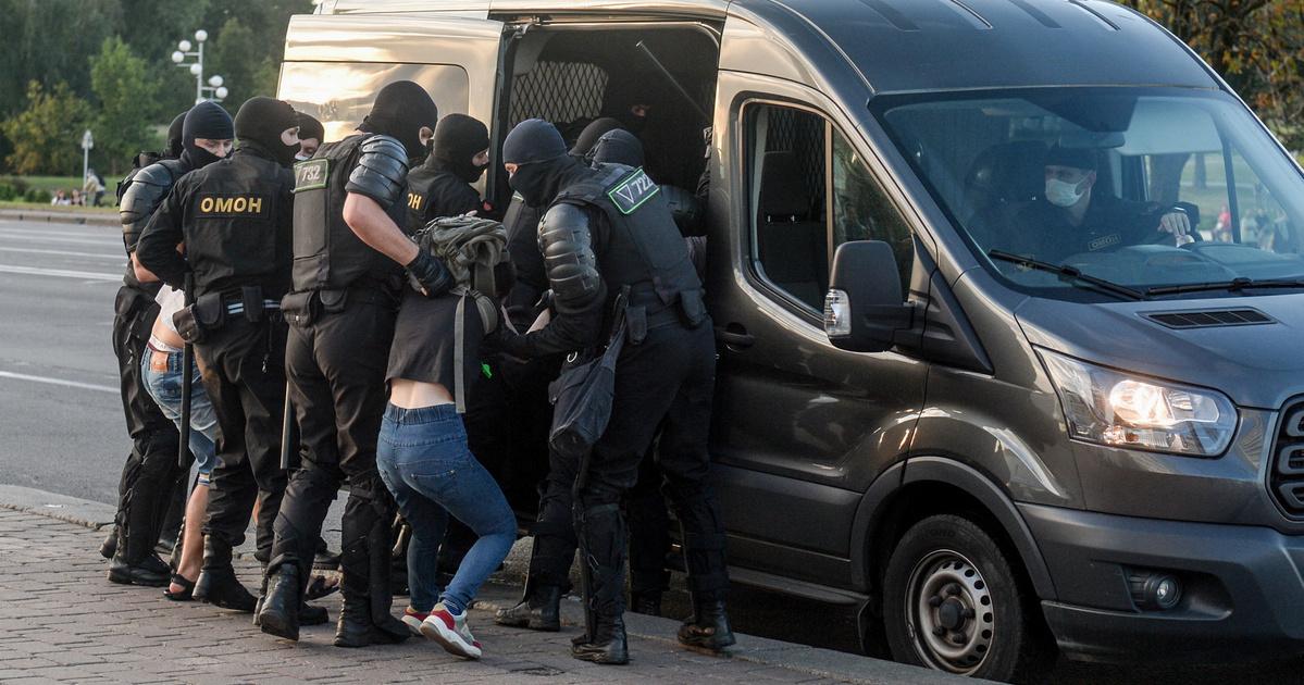 Friss hírek: Rendőrök vitték el őket, öt tagról továbbra sem tudni semmit.