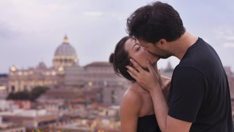 fogyás csókkal)