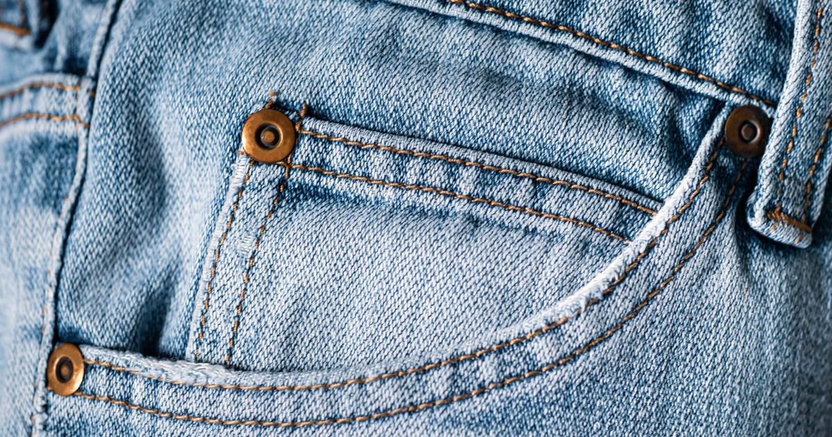 Az élet nagy kérdései: miért van a kis zseb a farmerok első részén, a nagy zseben belül?
