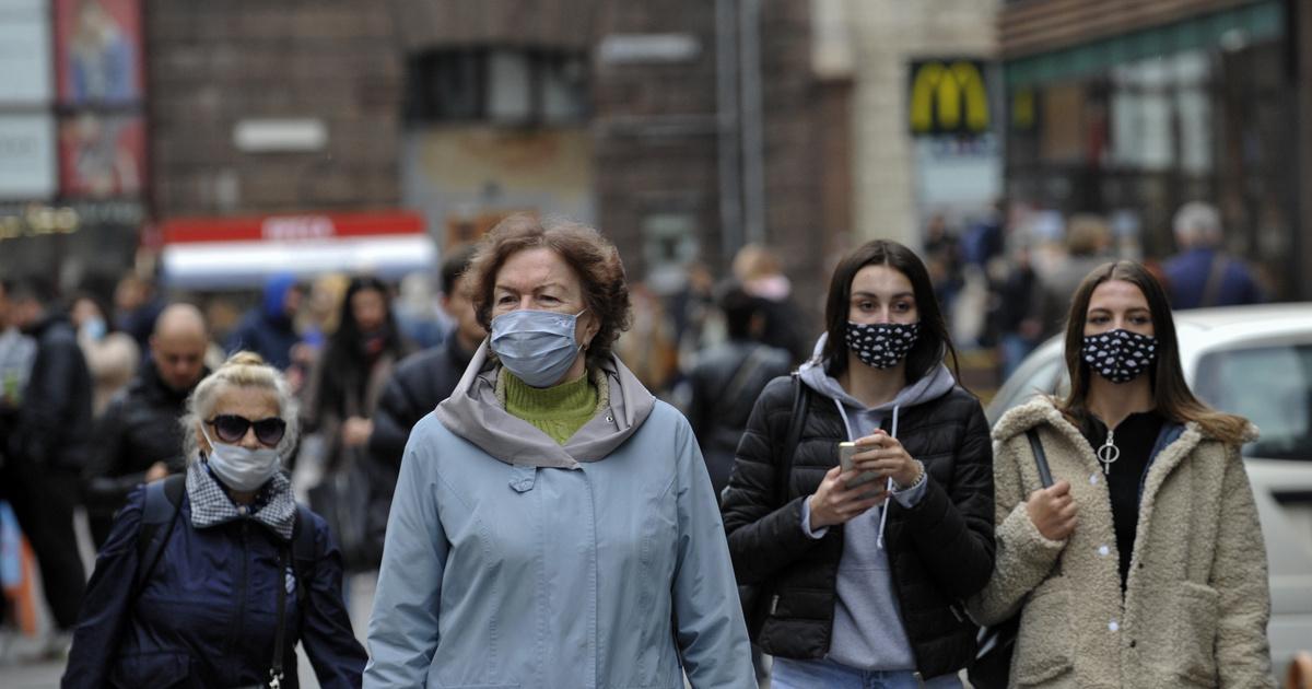 Százszorosra emelt bírsággal fékezné Ukrajna a járványt